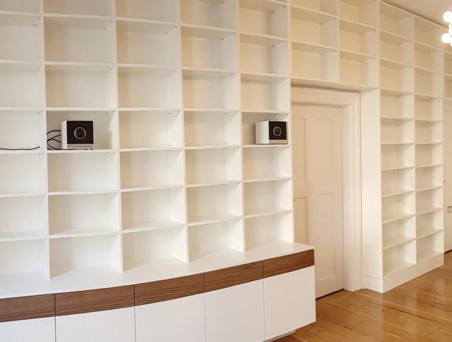 Bibliothekswand