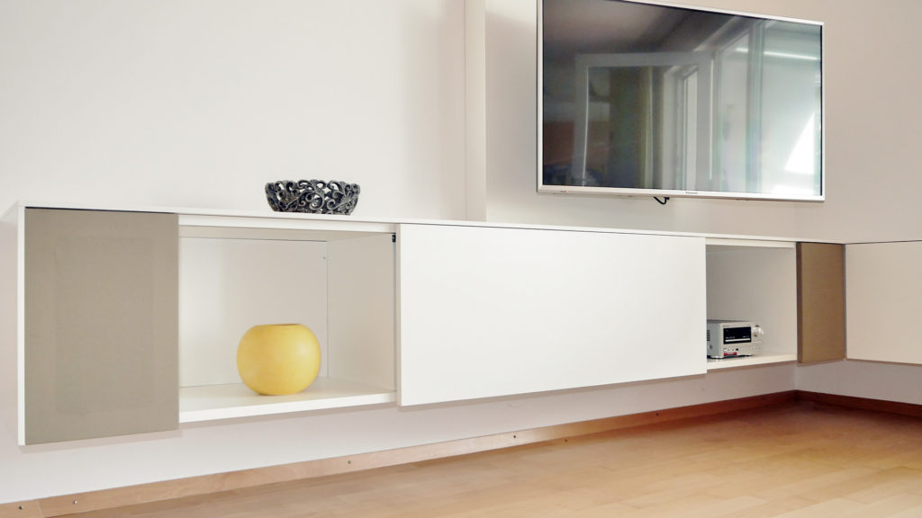 tv eck sideboard referenzen hammer margrander interior. Black Bedroom Furniture Sets. Home Design Ideas