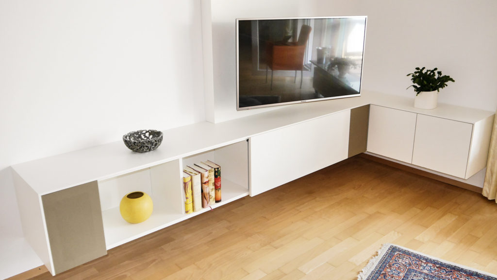 tv eck sideboard referenzen hammer margrander interior. Black Bedroom Furniture Sets. Home Design Ideas
