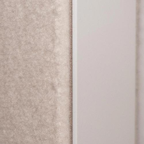 Pivot-Tür bezogen mit Akustikfilz