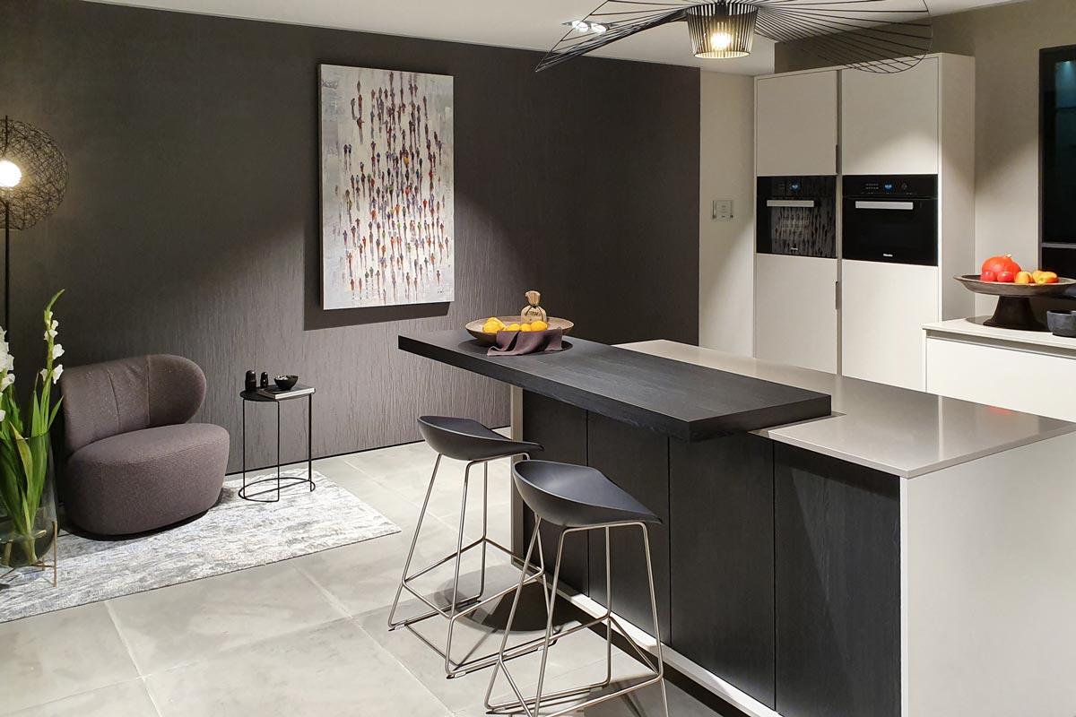Moderne Oberflächen auf der Küchenmesse in Löhne