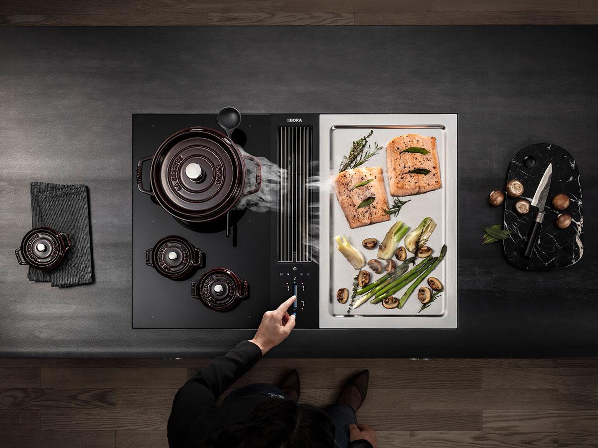 BORA Classic 2.0 mit Teppanyaki und Touchpanel.