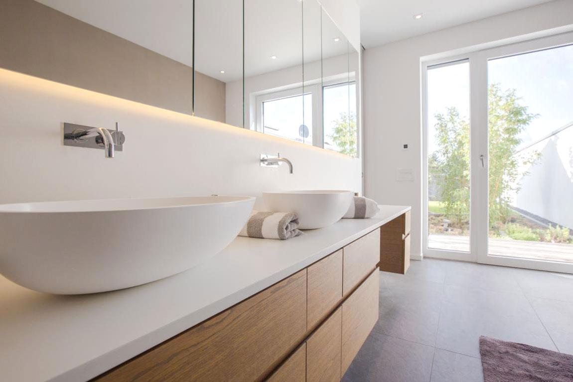 Zwei Waschbecken für doppelten Komfort