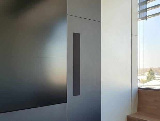 Mediawall-Pivot-Türen-Schöck-Bauteile-2