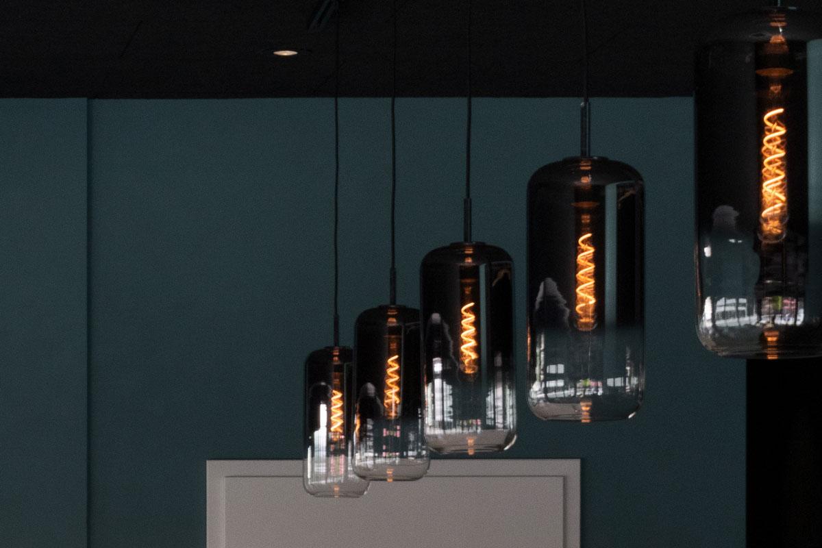 Retro-Pendelleuchten setzen aufregende Akzente im Beleuchtungskonzept