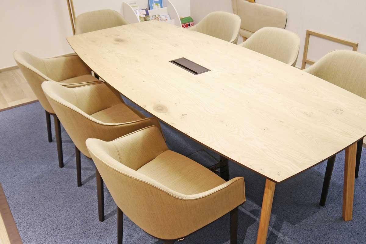 Stühle passend zum Tisch aus Eiche