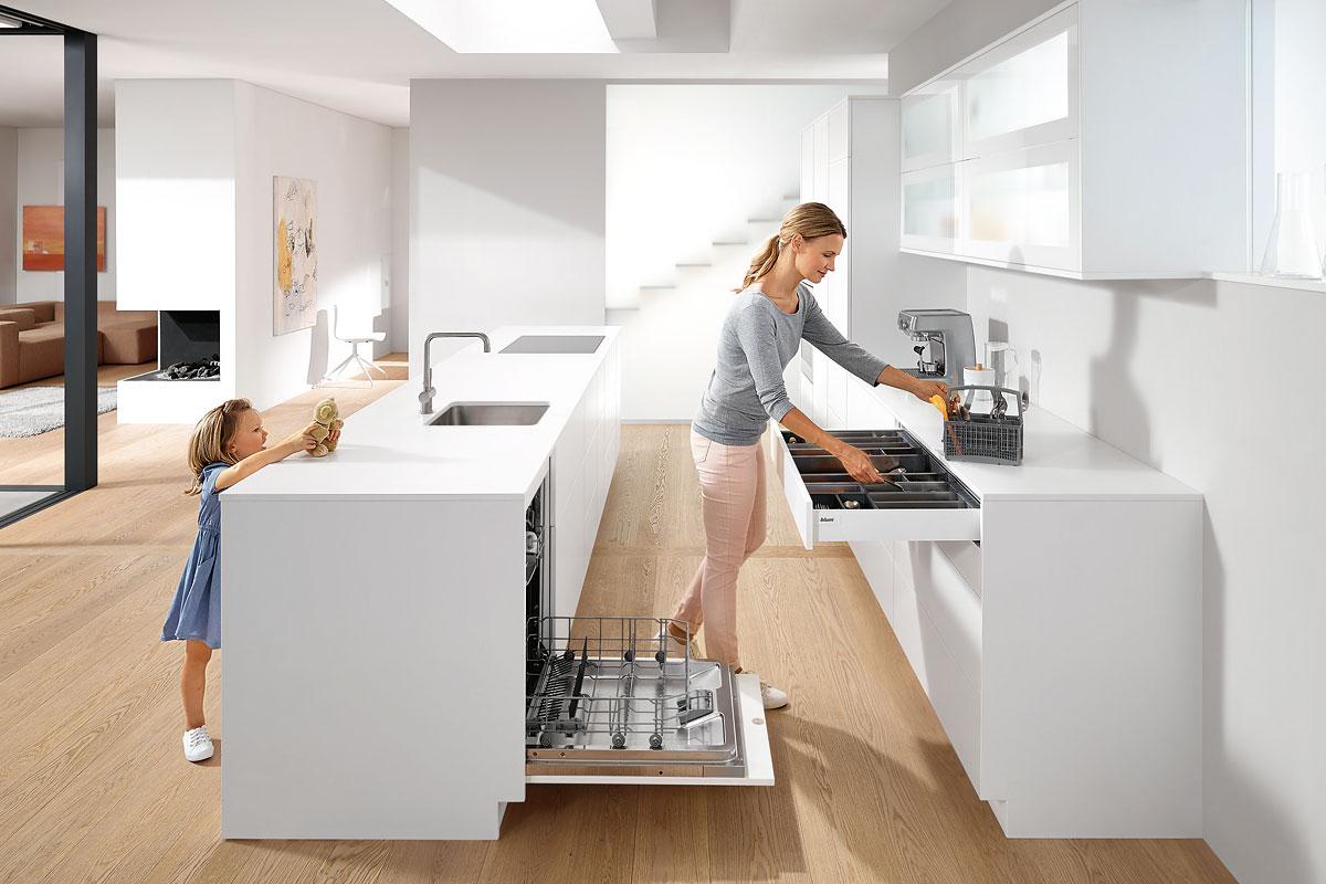 Erfreulicherweise sind Küchen-Designs ohne überstehende Arbeitsplatten ohnehin angesagt