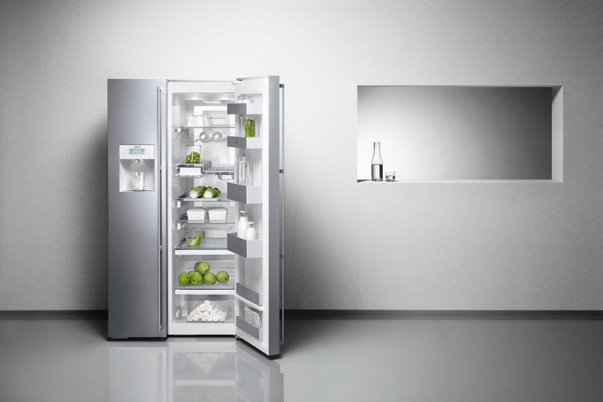 Edel und aufgeräumt: Kühl-Gefrier-Kombi aus der Serie 200