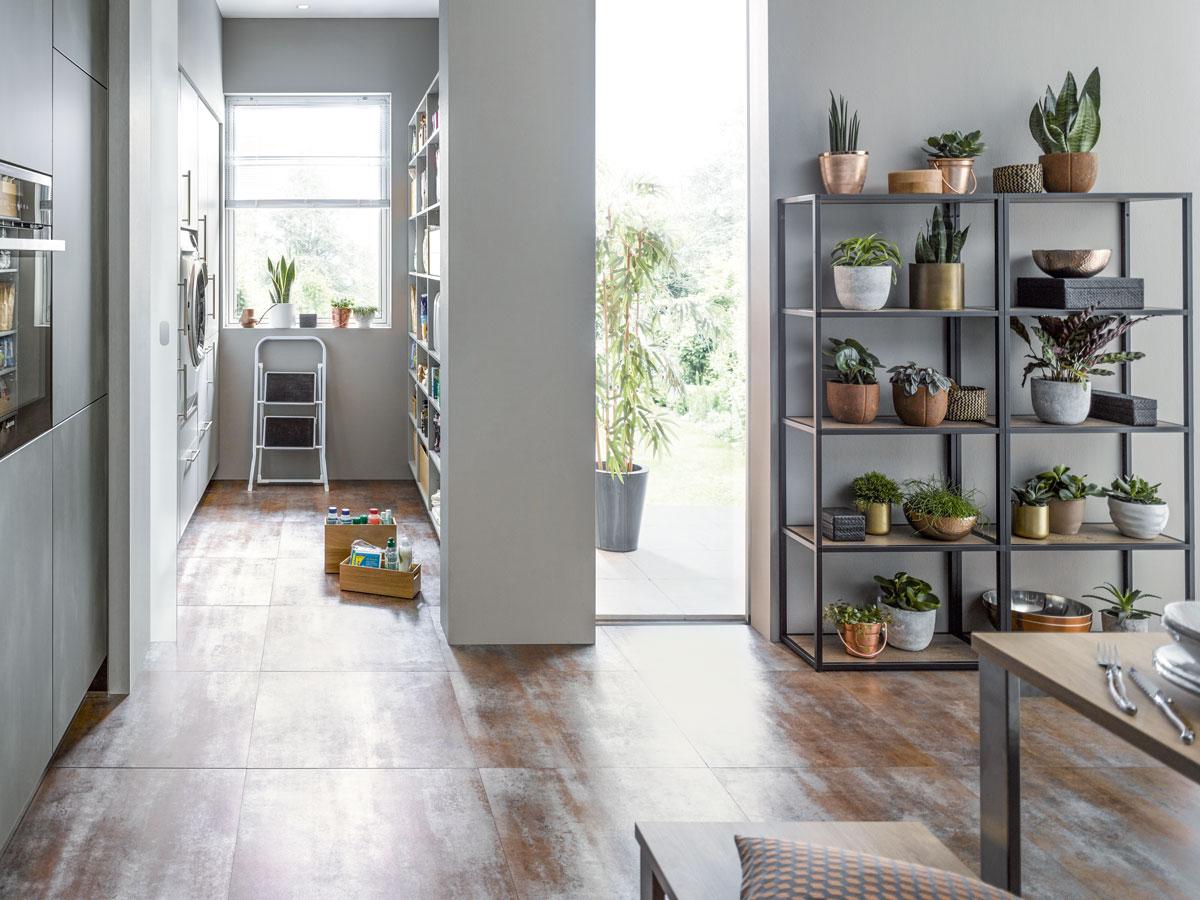 Hauswirtschafts- und Wohnraum verbinden
