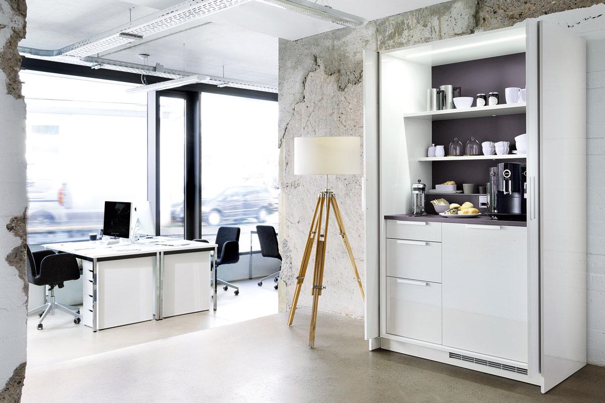 +STAGE als Kaffeeküche im Büro