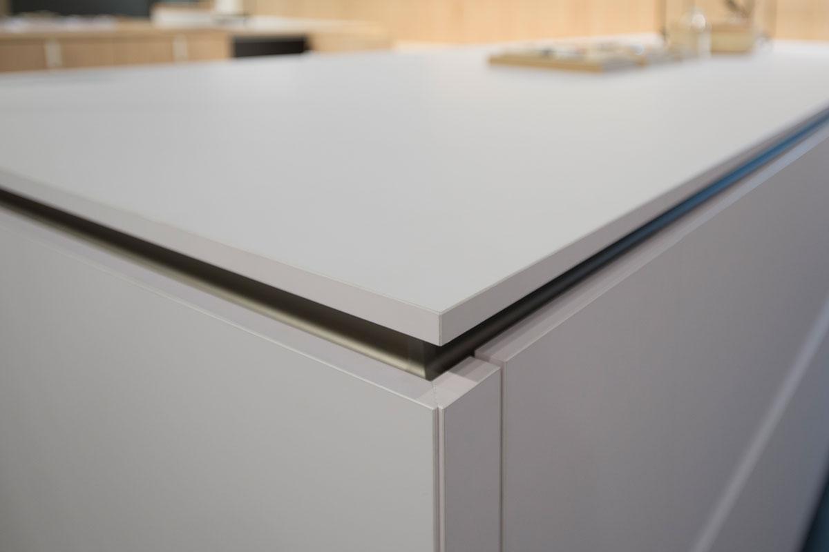 Küchenarbeitsplatte aus innovativem FENIX NTM